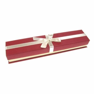 Burgundy and Cream Bracelet Box